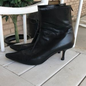 Jimmy Choo leather Pointy toe Booties 37